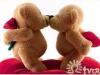 Пара влюбленных мишек